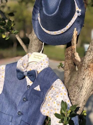 Βαπτιστικό ρούχο για αγόρι με πατουσάκια
