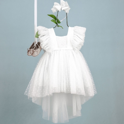 εντυπωσιακό βαπτιστικό φόρεμα με ουρά και μανίκι