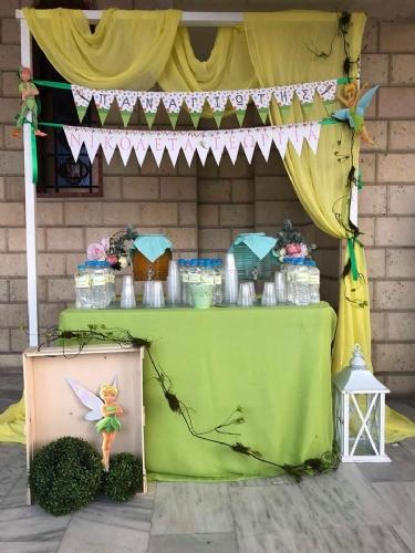 Στολισμός βάπτισης με χυμό νερό bar candy σημαιάκια στολισμού με όνομα μωρού
