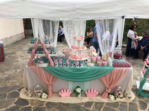 Στολισμός βάπτισης με κορώνα σε μέντα ροζ χρώματα Άγιος Γεώργιος Ασβεστοχώρι